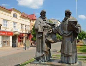 Памятник Кирилла и Мефодия