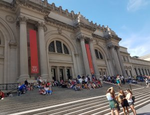Музей искусств Метрополитен