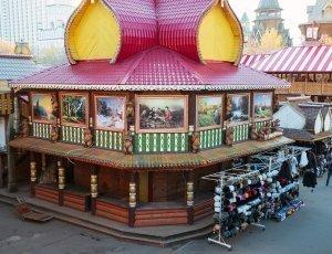 Фото Блошиный рынок Вернисаж в Измайлово