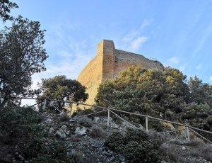 Замок Рокка Силлана