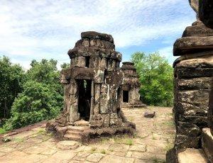 Храм Баконг
