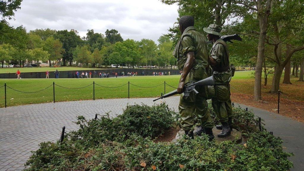 курсе, что памятник в вашингтоне ветеранам вьетнама фото красноты гноя