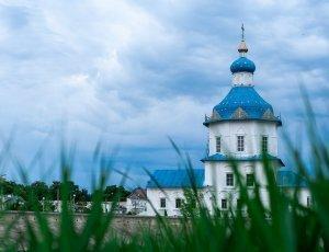 Храм Успения Божией Матери (Успенская церковь)
