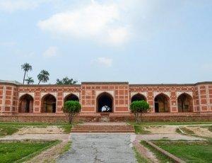 Гробница Нур Джахана