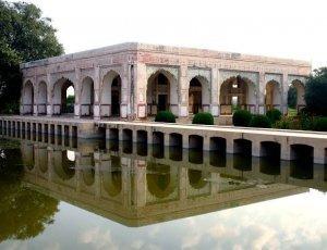 Барадари из Кямран Мирзы
