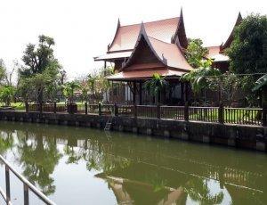 Плавучий рынок Bang Nam Phueng
