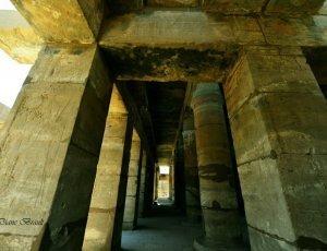 Вход в храм Карнак