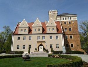 Автомобильный музей «Замок Топач»