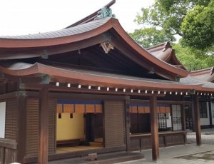 Храм императора Мэйдзи