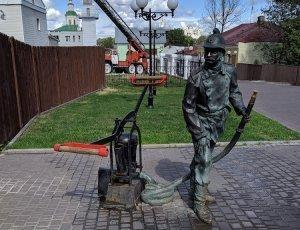 Фото Памятник Пожарному во Владимире