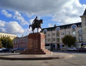 Памятник Великому князю Олегу Рязанскому