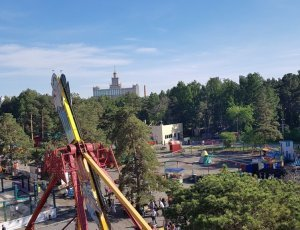 Аттракционы парка Гагарина