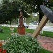 Фото Памятник Молотку 6