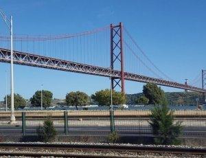 Фото Мост 25 апреля