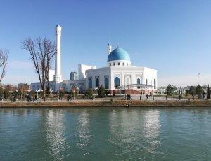Белая мечеть Минор