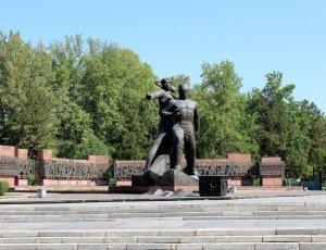 Фото Монумент Мужества