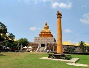 Храм Манелватта