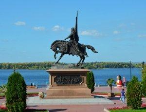 Памятник князю Григорию Засекину