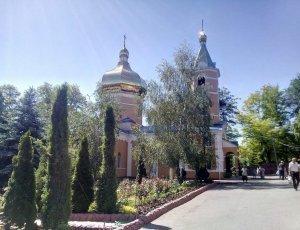 Свято-варваринский Храм: Свято-тихвинский Женский Монастырь