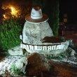 Фото Памятник «Белая шляпа Горького» 2