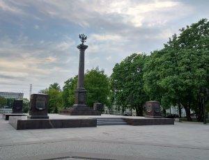 Фото Площадь Выборгских полков