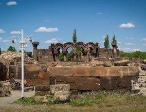 Фото Храм Звартноц
