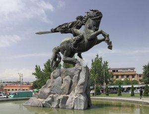 Статуя Давида Сасунского