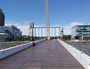 Пуэнте-де-ла-Мухер: Мост женщины