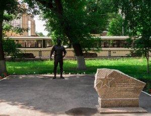 Памятник генералу Романову