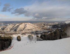Фанпарк и горнолыжный курорт «Бобровый лог»