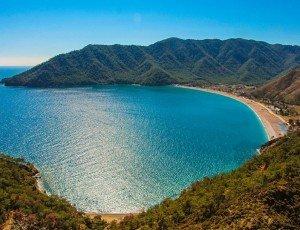 Пляж бухты Адрасан