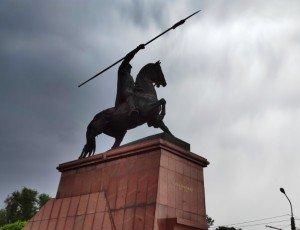 Памятник Шамилю Шмелёву