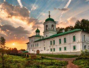 Фото Спасо-Преображенский Мирожский мужской монастырь
