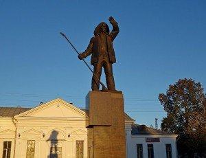 Памятник сталевару