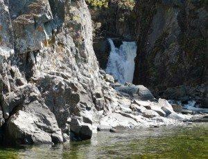 Водопад Киште на Телецком озере