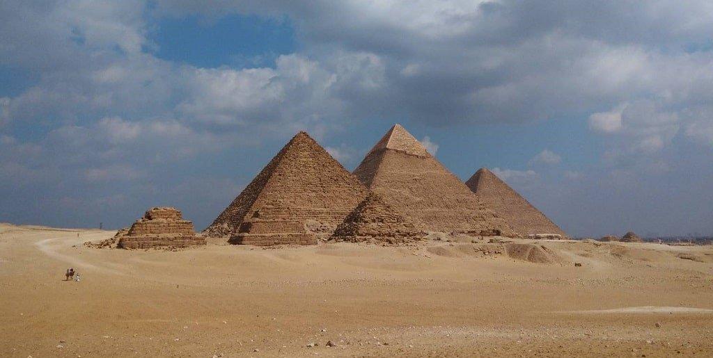 Особенности дизайна пирамиды