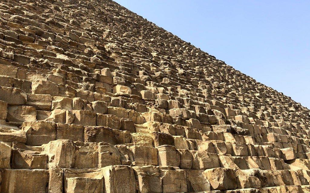 Блоки пирамиды Хеопса