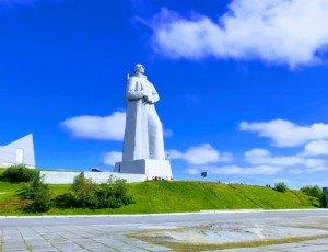 Фото Памятник Защитникам Советского Заполярья в годы Великой Отечественной войны