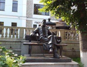 Фото Памятник Антону Павловичу Чехову в Звенигороде