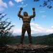 Фото Статуя Прометея в Хосте 9