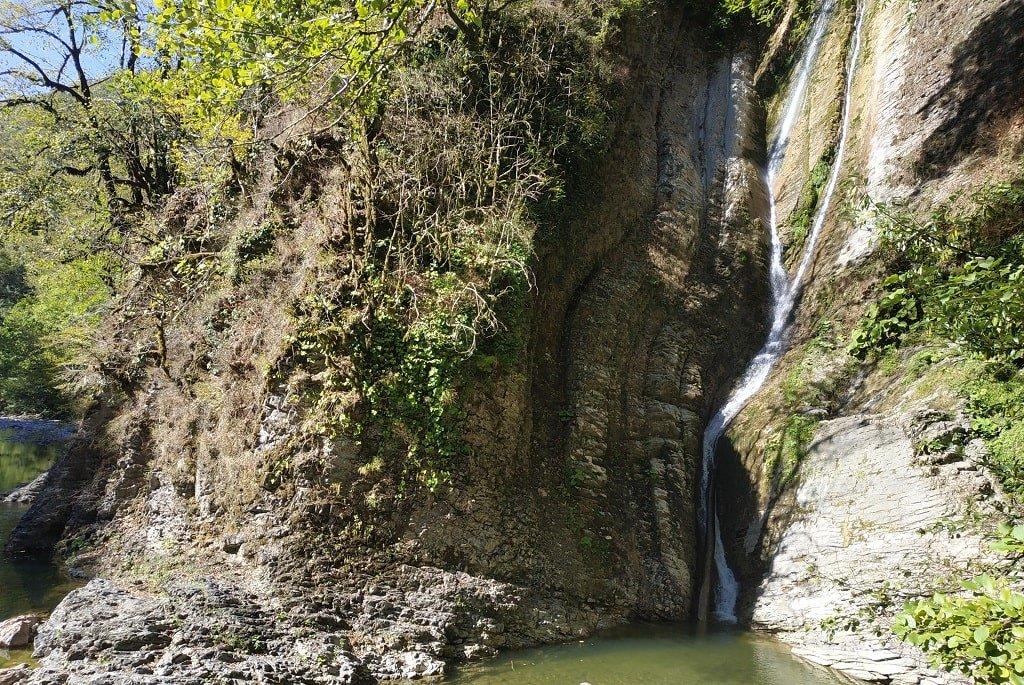 Чем заняться у водопада