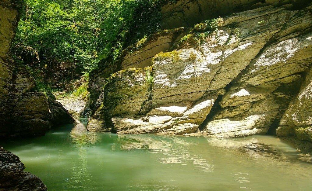 Мокрый каньон