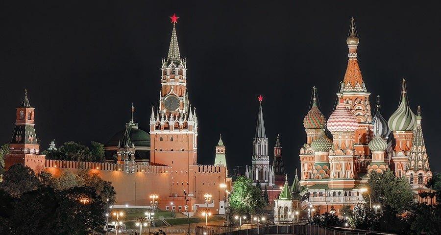 Освещение Московского Кремля в ночное время суток