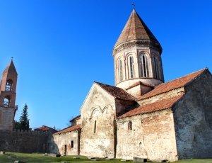 Монастырь Хирса