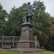 Фото Памятник Тютчеву в Брянске 6