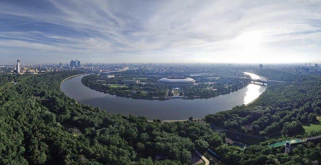 Парк Воробьевы горы в Москве