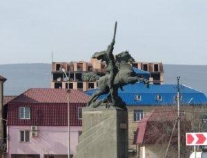 Памятник Защитник Отечества