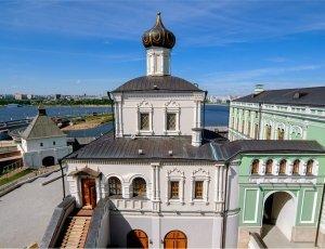 Дворцовая церковь Казанского кремля