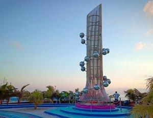 Фото Памятник жертвам цунами