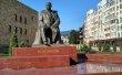Фото Памятник Расулу Гамзатову в Махачкале 1